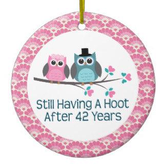 42nd_anniversary_owl_wedding_anniversaries_gift_round_ceramic_decoration-r94c4ba5cfac944e1afe0d3bdc406fc92_x7s2y_8byvr_324