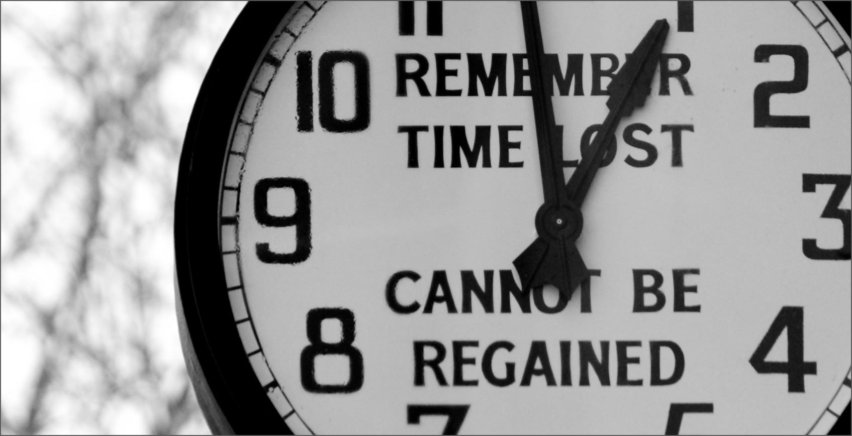 How To Overcome Procrastination: Why It Happens & How You Can You Avoid It